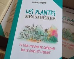 Le livre 'Les plantes messagères'
